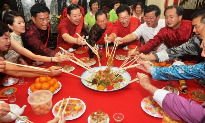5 essential chinese new year dishes - Chinese New Year Dinner